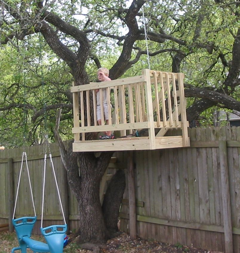 Easy to Build Tree House